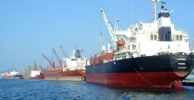 De janeiro a abril, houve a importação de 250 mil metros cúbicos de etanol