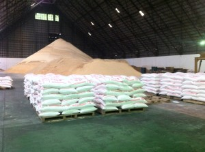 Sacks_of_raw_sugar_in_the_Philippines