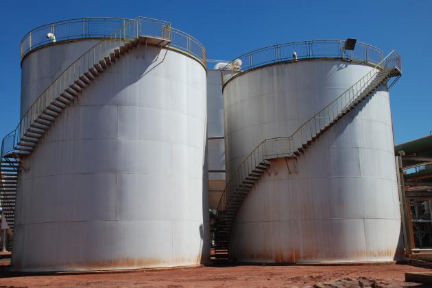 A produção de etanol deverá ser incentiva com a nova adição de anidro