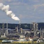 Refinaria de petróleo: expectativa de menor produção