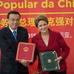 Keqiang, primeiro-ministro chinês, e Dilma: ferrovia ligará o Atlântico ao Pacífico