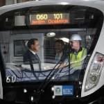 Li Keqiang, primeiro-ministro da China em visita ontem ao Metro-Rio: dinheiro para valer