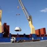 As peças da nova fábrica da Klabin, em Ortigueira, nos Campos Gerais do Paraná, começam a chegar pelo Porto de Paranaguá. Foto: Appa