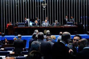 Os senadores votaram em 17/05 a MP: sem a subvenção (Foto: Jonas Pereira/Agência Senado)