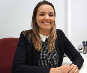 Elizabete Martins: movimentação intensa lembra a da redação de um jornal diário